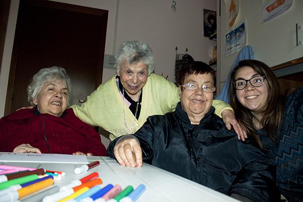 Laboratorio di Arteterapia nella casa famiglia Casablu Roma